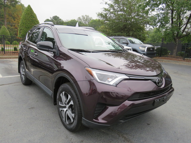 Certified Pre-Owned 2018 Toyota RAV4 LE AWD (Natl)