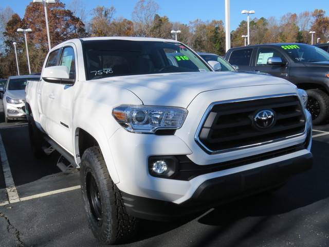 New 2020 Toyota Tacoma 4WD SR5 Double Cab 5' Bed V6 AT