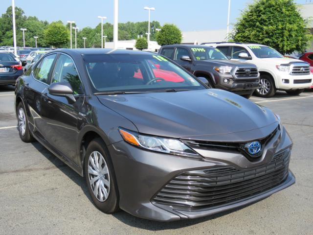 Pre-Owned 2018 Toyota Camry Hybrid LE CVT
