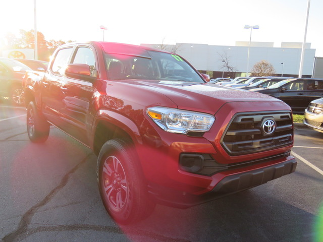 Pre-Owned 2017 Toyota Tacoma SR Double Cab 5' Bed I4 4x2 AT (Natl)
