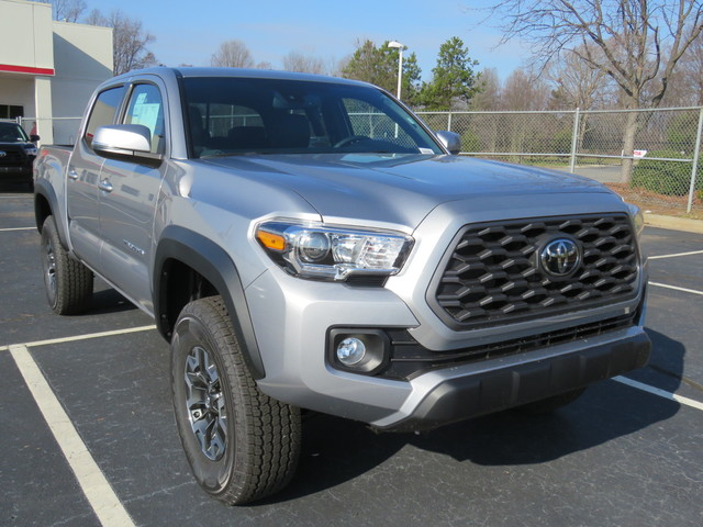 New 2020 Toyota Tacoma 4WD TRD Off Road Double Cab 5' Bed V6 MT