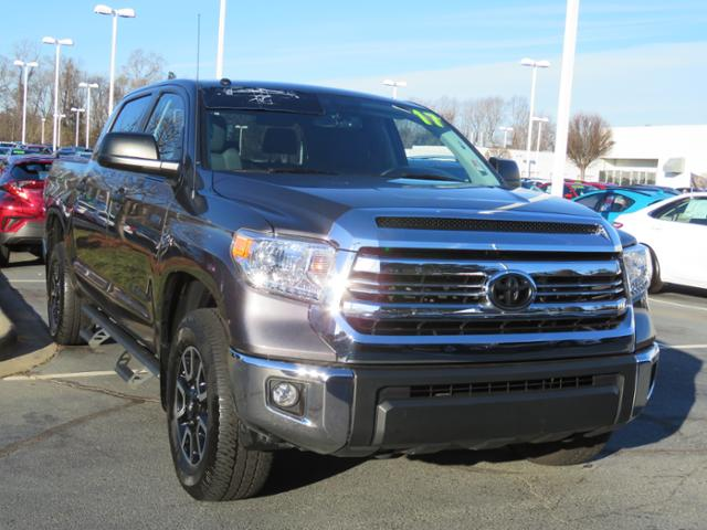 Certified Pre-Owned 2017 Toyota Tundra SR5 CrewMax 5.5' Bed 5.7L FFV