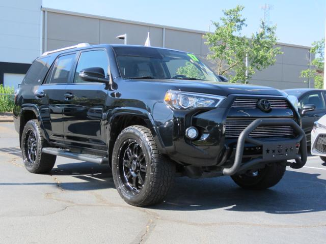 Certified Pre Owned 2017 Toyota 4runner Sr5 Premium 4wd Natl