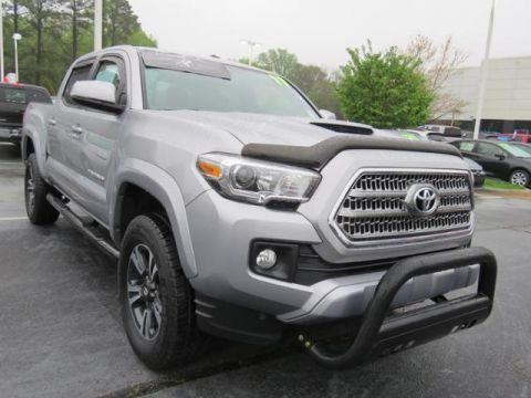 Certified Pre-Owned 2017 Toyota Tacoma TRD Sport Double Cab 5' Bed V6 4x2 AT