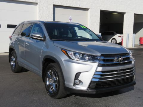 Certified Pre-Owned 2018 Toyota Highlander Limited Platinum V6 AWD (Natl)