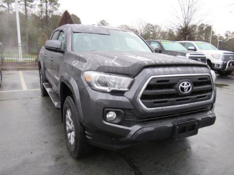 Certified Pre-Owned 2016 Toyota Tacoma 4WD Double Cab V6 AT SR5