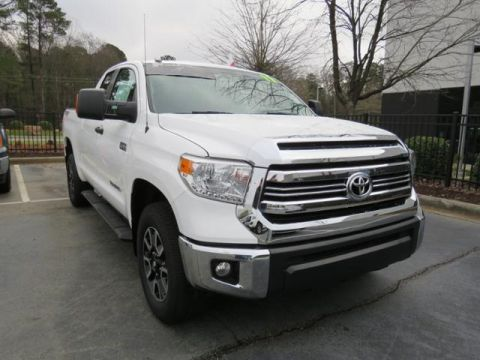 Certified Pre-Owned 2017 Toyota Tundra SR5 Double Cab 6.5' Bed 5.7L FFV