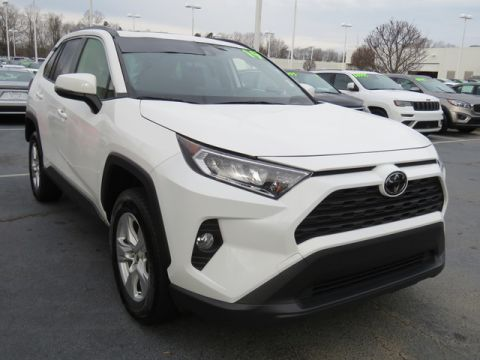 Certified Pre-Owned 2019 Toyota RAV4 XLE FWD (Natl)